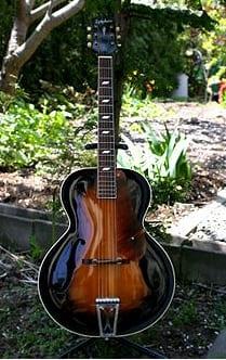1945 Epiphone Blackstone guitarra semiacústica, feita em Nova York