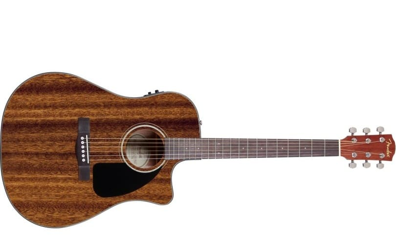 Violão Eletroacústico Cutway Fender CD 60 CE tocando com estilo