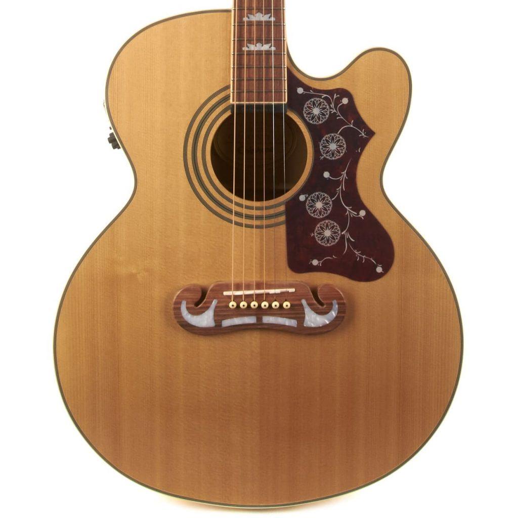 violão jumbo
